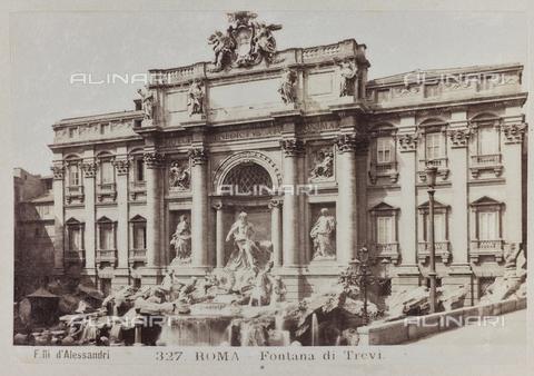 PDC-A-004569-0048 - La fontana di Trevi, Roma - Data dello scatto: 1910 - Raccolte Museali Fratelli Alinari (RMFA)-collezione Palazzoli, Firenze