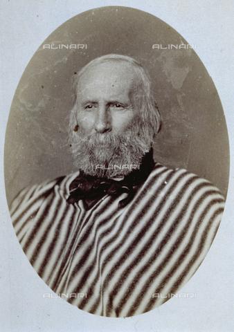 PDC-A-004570-0002 - Ritratto a mezzo busto di Giuseppe Garibaldi - Data dello scatto: 1873-1875 - Archivi Alinari, Firenze