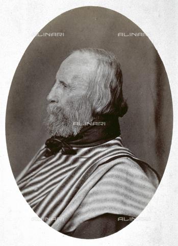PDC-A-004570-0003 - Ritratto a mezzo busto, di profilo, del patriota risorgimentale Giuseppe Garibaldi - Data dello scatto: 1873-1875 - Archivi Alinari, Firenze