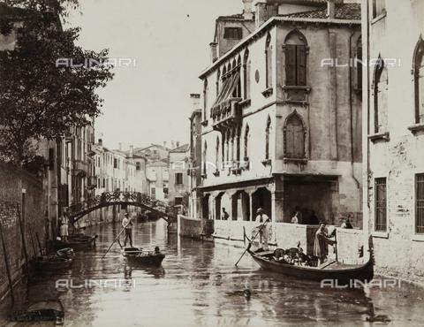 PDC-A-004675-0021 - Rio della Guerra, Venice - Data dello scatto: 05/1883 - Archivi Alinari, Firenze