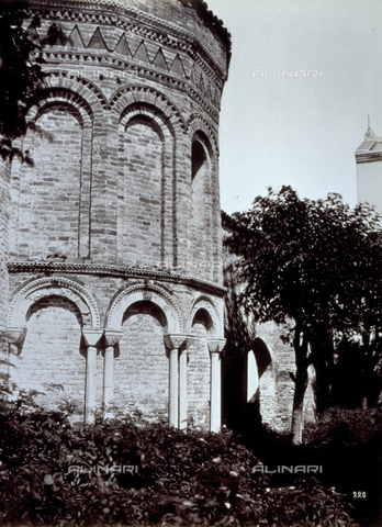 PDC-A-004696-0030 - View of the remains of the early christian Baptistry on Torcello - Data dello scatto: 1860-1865 ca. - Archivi Alinari, Firenze
