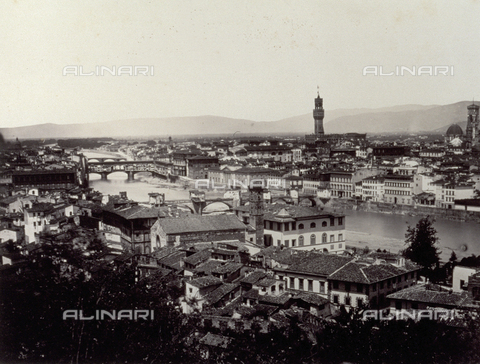 PDC-F-000310-0000 - Panorama of the city of Florence seen from on high, with the Arno and its bridges - Date of photography: 1860-1865 - Alinari Archives-Palazzoli Collection, Florence