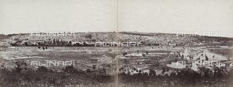 PDC-F-000361-0000 - Panorama di Gerusalemme e del territorio circostante - Data dello scatto: 1860 - 1870 ca. - Raccolte Museali Fratelli Alinari (RMFA)-collezione Palazzoli, Firenze