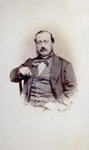 PDC-F-000624-0000 - Ritratto maschile a mezzobusto in abito da giorno - Data dello scatto: 1853-1865 ca. - Archivi Alinari, Firenze