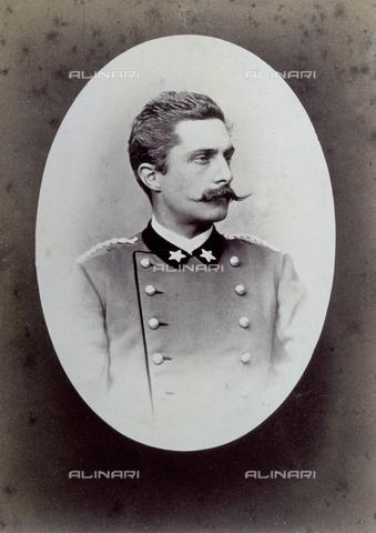 PDC-F-001353-0000 - Ritratto a mezzobusto di militare in uniforme - Data dello scatto: 1867-1870 ca. - Archivi Alinari, Firenze