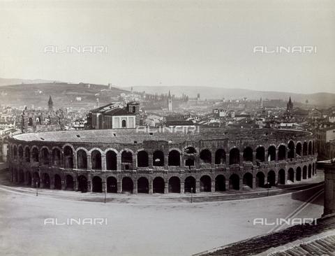 PDC-F-001355-0000 - L'Arena di Verona - Data dello scatto: 1860-1870 - Archivi Alinari, Firenze