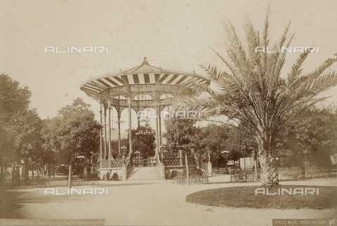 PDC-F-001410-0000 - A pavilion in the park of the Villa Nazionale, Naples - Date of photography: 1885 ca. - Fratelli Alinari Museum Collections-Palazzoli Collection, Florence