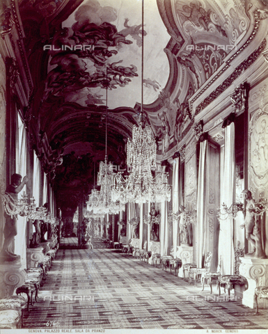 PDC-F-001548-0000 - Large dining room of the Royal Palace of Genoa with rich decoration completely lining the architectural structures - Data dello scatto: 1875 -1895 ca. - Archivi Alinari, Firenze