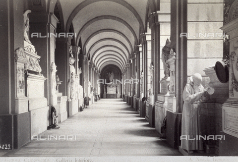 PDC-F-001554-0000 - Cemetery in Genoa, the lower gallery - Data dello scatto: 1875-1895 ca. - Archivi Alinari, Firenze