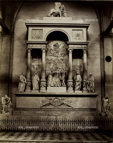 PDC-F-001635-0000 - Monument (1838-1852) to Titian by Luigi and Pietro Zandomeneghi, in Santa Maria Gloriosa dei Frari in Venice - Data dello scatto: 1860 -1880 ca. - Archivi Alinari, Firenze