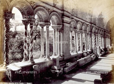 PDC-F-001838-0000 - The cloister of 'San Paolo' Fuori le Mura in Rome - Data dello scatto: 1860 - 1880 ca. - Archivi Alinari, Firenze