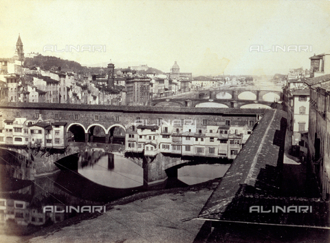 PDC-F-002034-0000 - Panorama of Florence: in the foreground, Ponte Vecchio. In the background, Ponte Santa Trinita and Ponte alla Carraia. At the sides of the bridges, houses and churches overlooking the Arno. - Data dello scatto: 1860-1868 - Archivi Alinari, Firenze