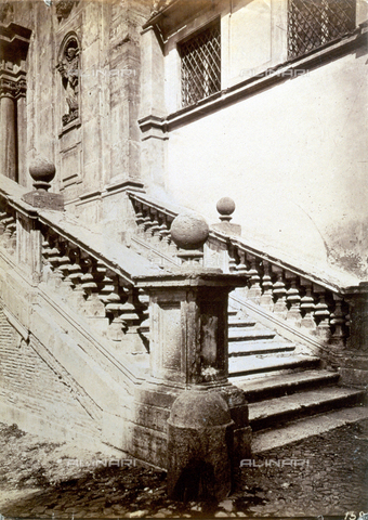 PDC-S-000461-0009 - Close-up of the staircase of the Church of SS. Domenico and Sisto in Rome. On either side balustrades decorated with spheres. In the background a statue of Saint Dominic, in a niche, can be glimpsed - Data dello scatto: 1870-1890 ca. - Archivi Alinari, Firenze