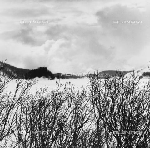 PFA-F-001468-0000 - Paesaggio montano, Engadina, Canton dei Grigioni, Svizzera - Data dello scatto: 1986-1987 - Archivi Alinari, Firenze