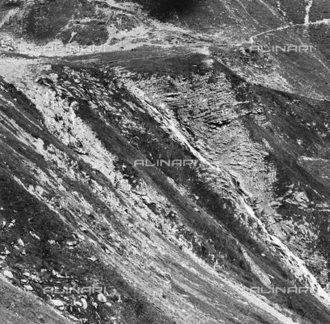 PFA-F-001520-0000 - Paesaggio montuoso, Engadina, Canton dei Grigioni, Svizzera - Data dello scatto: 02/1990 - Archivi Alinari, Firenze