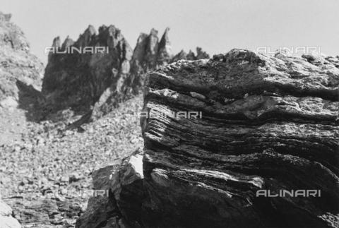 PFA-F-001600-0000 - Paesaggio montano sopra il Furtschellas, Engadina, Canton dei Grigioni, Svizzera - Data dello scatto: 08/1992 - Archivi Alinari, Firenze