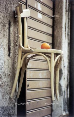 PMD-F-000036-0000 - La sedia racconta - Data dello scatto: 1978 - Mimmo Pintacuda © Fratelli Alinari S.p.A. - Tutti i diritti riservati