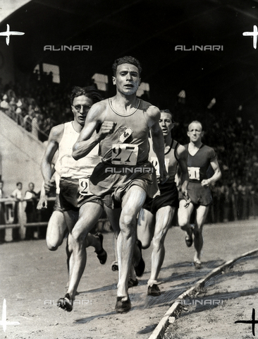 PPA-F-000139-0000 - The athlete Goise during a foot-race