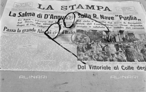 """PTA-S-001072-1002 - Front page of La Stampa with the news of the transport of the body of Gabriele D'Annunzio on the """"Puglia"""" ship - Date of photography: 1938 - Fratelli Alinari Museum Collections-Pasta Archive, Florence"""