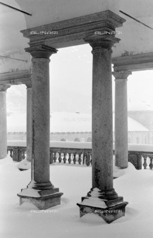 PTA-S-001072-2002 - Snowfall on the Sanctuary of Oropa - Date of photography: 1940 ca. - Fratelli Alinari Museum Collections-Pasta Archive, Florence
