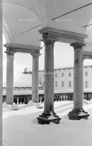 PTA-S-001072-2011 - View of the Sanctuary of Oropa with the snow - Date of photography: 1940 ca. - Fratelli Alinari Museum Collections-Pasta Archive, Florence