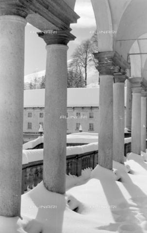 PTA-S-001072-2014 - View of the Sanctuary of Oropa with the snow - Date of photography: 1940 ca. - Fratelli Alinari Museum Collections-Pasta Archive, Florence