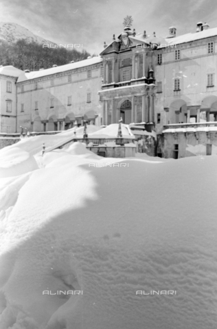 PTA-S-001072-2015 - View of the Sanctuary of Oropa with the snow - Date of photography: 1940 ca. - Fratelli Alinari Museum Collections-Pasta Archive, Florence