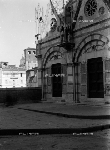 PTA-S-001302-0007 - Church of Santa Maria della Spina, detail, Pisa - Date of photography: 1930-1940 - Fratelli Alinari Museum Collections-Pasta Archive, Florence