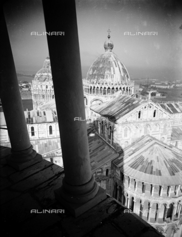 PTA-S-001302-0011 - View of the Duomo from the leaning tower, Pisa - Date of photography: 1930-1940 - Fratelli Alinari Museum Collections-Pasta Archive, Florence