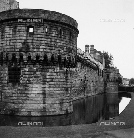 RAD-A-000002-0010 - Chateau des Ducs de Bretagne a Nantes - Data dello scatto: 1963 - Archivi Alinari, Firenze