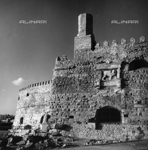 RAD-A-000012-0034 - L'antica fortezza di Kules ad Heraklìon nell'isola di Creta, Grecia - Data dello scatto: 1962 - Archivi Alinari, Firenze
