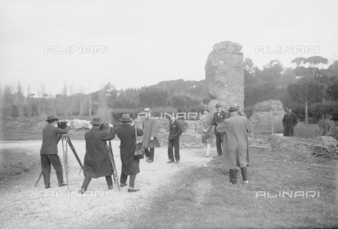 RCB-F-013758-0000 - Winston Churchill durante la sua visita a Roma - Data dello scatto: 1927 - Archivio Bruni/Gestione Archivi Alinari, Firenze