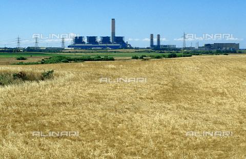 RCS-S-CP0043-4217 - La centrale nucleare di Montalto di Castro presso Civitavecchia - Data dello scatto: 1990-1999 - RCS / Gestione Archivi Alinari, Firenze
