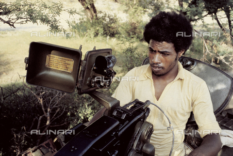 RCS-S-E14076-0013 - A militiaman of the ELF (Eritrea Liberation Front) during the war for liberation from Ethiopia - Data dello scatto: 1985 - RCS/Alinari Archives Management, Florence