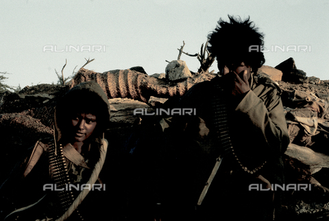 RCS-S-E14079-0003 - Recruits of ELF (Eritrea Liberation Front) during the war for liberation from Ethiopia - Data dello scatto: 1985 - RCS/Alinari Archives Management, Florence