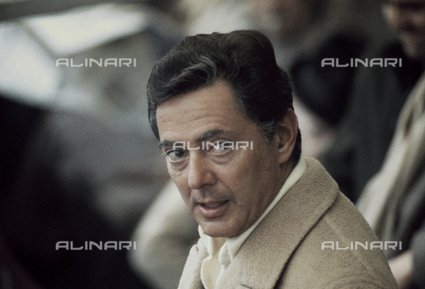 RCS-S-E14957-0004 - Umberto Agnelli in the stands of the Torino stadium during a football match - Data dello scatto: 1980 ca. - RCS/Alinari Archives Management, Florence