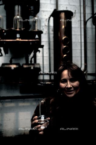 RCS-S-E20350-0005 - Giannola Nonino her family's distillery in Percoto, near Udine - Data dello scatto: 1987 - RCS/Alinari Archives Management, Florence
