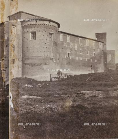 REA-F-000156-0000 - La chiesa dei Santi Quattro Coronati a Roma - Data dello scatto: 1880-1890 - Archivi Alinari, Firenze