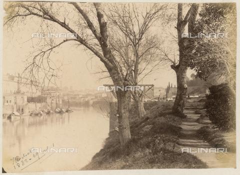 REA-F-000344-0000 - Porto di Ripa Grande da Via Marmorata, Roma - Data dello scatto: 1880-1890 - Archivi Alinari, Firenze