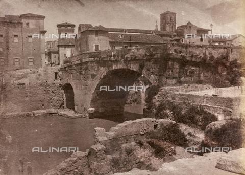 REA-F-000366-0000 - Ponte Cestio a Roma - Data dello scatto: 1880-1890 ca. - Raccolte Museali Fratelli Alinari (RMFA)-archivio Roesler Franz, Firenze