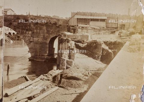 REA-F-000476-0000 - Lavori su Lungotevere a Roma - Data dello scatto: 1880-1890 ca. - Archivi Alinari, Firenze