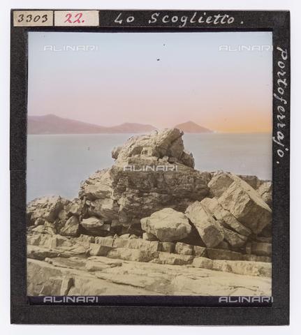 RGD-S-000022-3303 - Lo scoglietto di Portoferraio, Isola d'Elba - Data dello scatto: 1890-1910 - Raccolte Museali Fratelli Alinari (RMFA)-donazione Roster, Firenze
