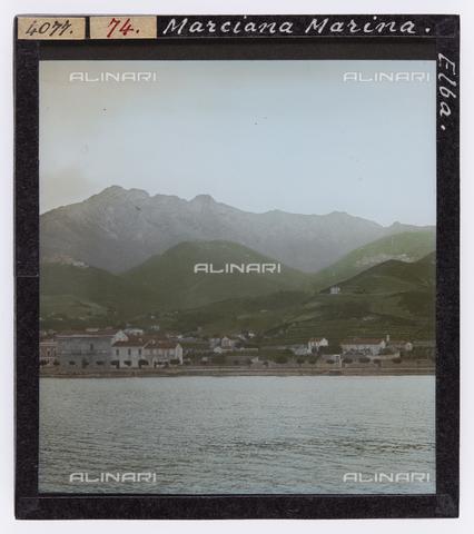 RGD-S-000074-4077 - View of Marciana Marina, Elba Island - Data dello scatto: 1890-1910 - Archivi Alinari, Firenze