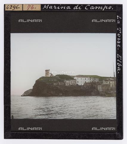 RGD-S-000074-4296 - Tower of Marina di Campo, Elba Island - Data dello scatto: 1890-1910 - Archivi Alinari, Firenze