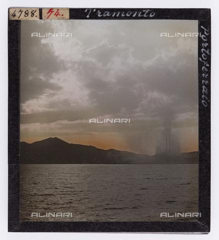 RGD-S-000074-4788 - Sunset in Portoferraio, Elba Island - Data dello scatto: 1890-1910 - Archivi Alinari, Firenze