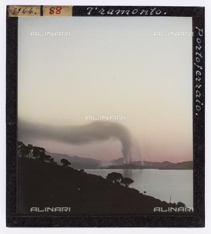 RGD-S-000088-5164 - Sunset in Portoferraio, Elba Island - Data dello scatto: 1890-1910 - Archivi Alinari, Firenze