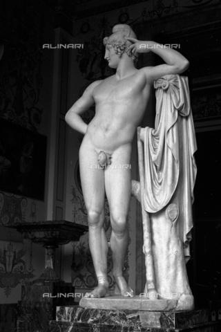 RNA-F-052541-0000 - Paride, marble, Antonio Canova (1757-1822), State Hermitage Museum, St. Petersburg - Data dello scatto: 17/01/1965 - Sputnik/ Alinari Archives