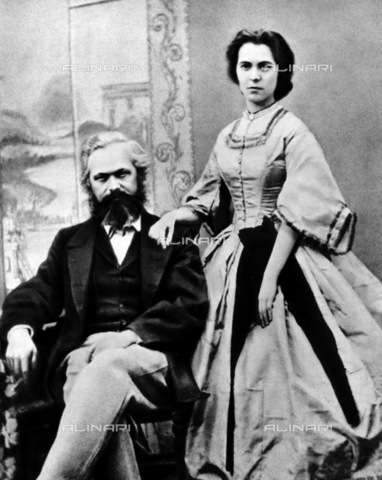 RNA-F-836259-0000 - The politician and economist Karl Marx (1818-1883) photographed with the eldest daughter Jenny in London - Data dello scatto: 03/1866 - Sputnik/ Alinari Archives
