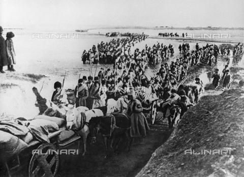 RNA-S-000306-0558 - Russian-Japanese War (1904-1905) in Manchuria and Korea: the Russian army crosses the Yellow River in China - Data dello scatto: 30/03/1904 - Sputnik/ Alinari Archives