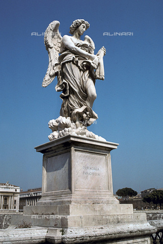 RVA-S-012072-0014 - Statua di Angelo con il flagello di Lazzaro Morelli, Ponte Sant'Angelo, Roma - Data dello scatto: 1950-1980 ca. - Bernard Lipnitzki / Roger-Viollet/Alinari